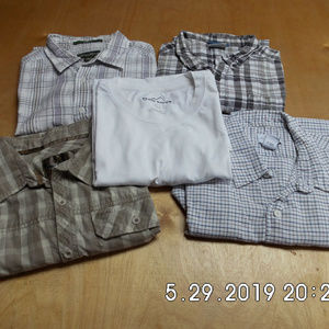 5 Men's S/S Button Down Shirts 4 Plaid 1 Whht T Lg